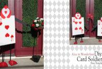 Alice In Wonderland Diy / Queen Of Heart Card Soldiers Throughout Alice In Wonderland Card Soldiers Template